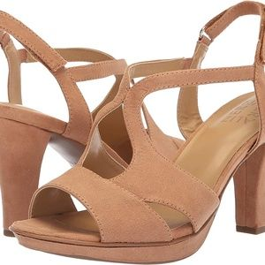 NWOT Naturalizer Dacey - Nude Heeled Sandal -Sz 10